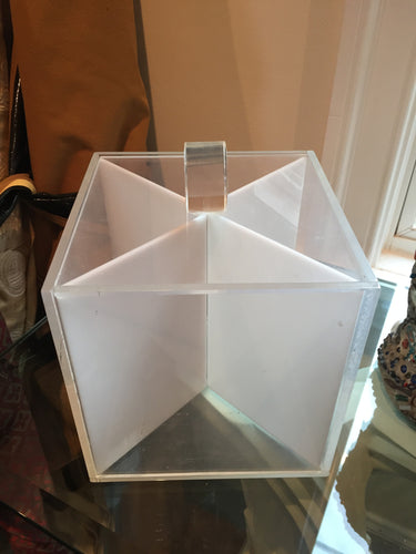Mid-Century Lucite 4 segment box. - The Sweetwood Collection