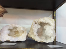 Large quartz geode - The Sweetwood Collection