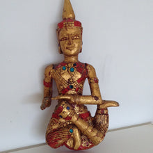 Set of 5 Vintage Indian Praying wall gold statues. - The Sweetwood Collection