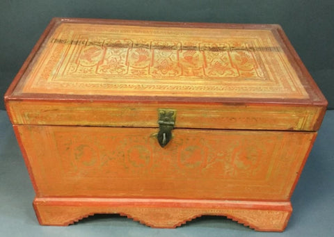 Indonesian vintage trunk - The Sweetwood Collection