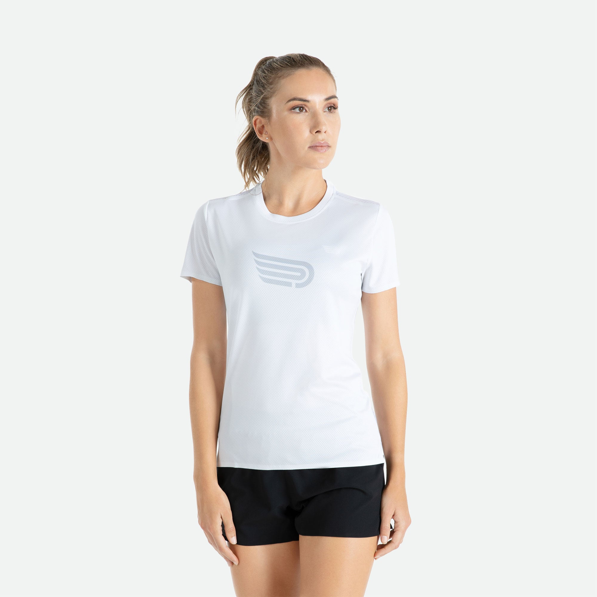 Engineered 3D vent mesh structure for optimal ventilation on the back of our Pressio women's Ārahi white/light grey short sleeve t-shirt.