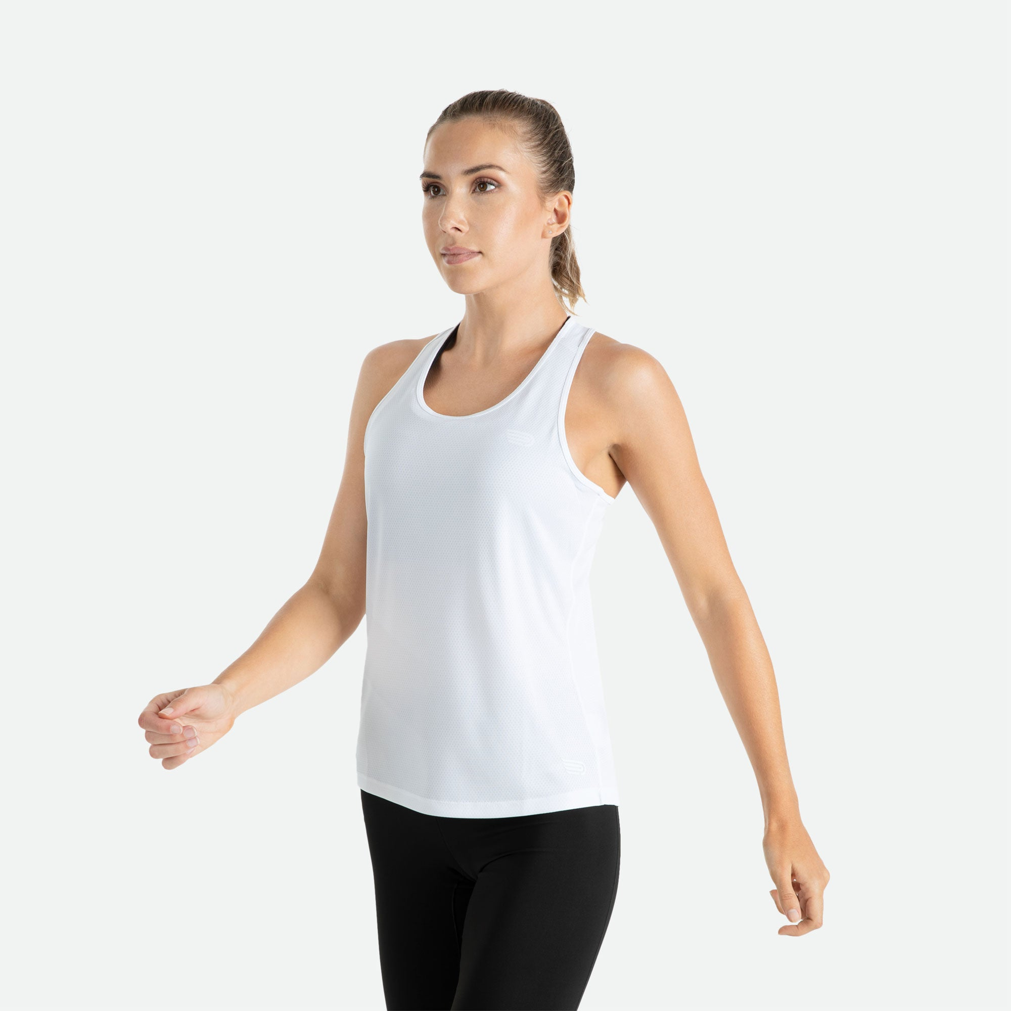 Our Pressio women's white Hāpai razorback singlet features EcoTECH MF fabric which has dual filament recycled polyester yarns from Unifi for superior moisture control to keep you dry.