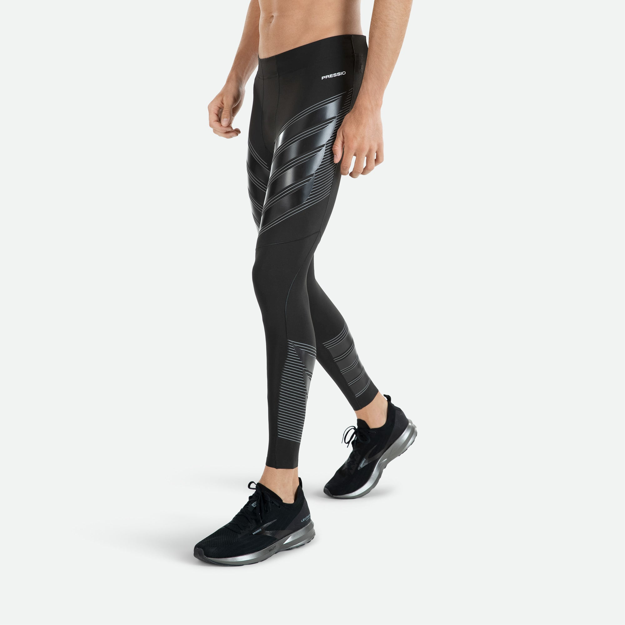 Mens Pressio power run compression tights utilizing MAPP technology cradling the hamstring muscles and wrapping the glutes for extra support.