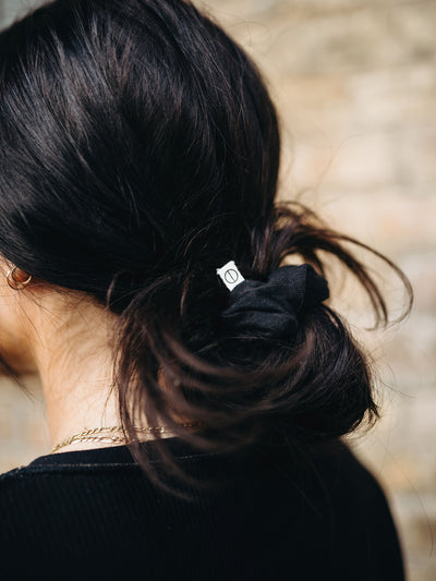 INFKNIT Black Sustainable Scrunchie
