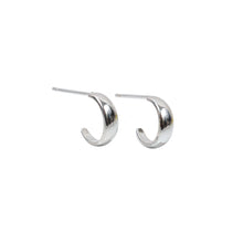 Load image into Gallery viewer, Essential Hoop Earrings Sterling Silver