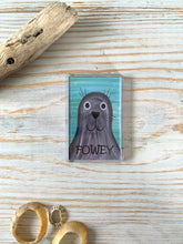Load image into Gallery viewer, Fridge magnet depicting seal