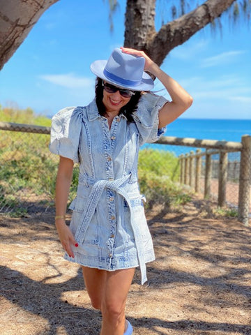 blue fedora hat with jeans dress