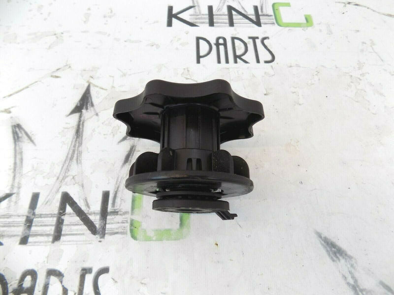 AUDI A4 (B8) 2008-2015 SPARE WHEEL LOCKING BOLT 8K0803899 *N2