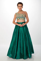 RAMA GREEN SKIRT WITH EMB CROP TOP