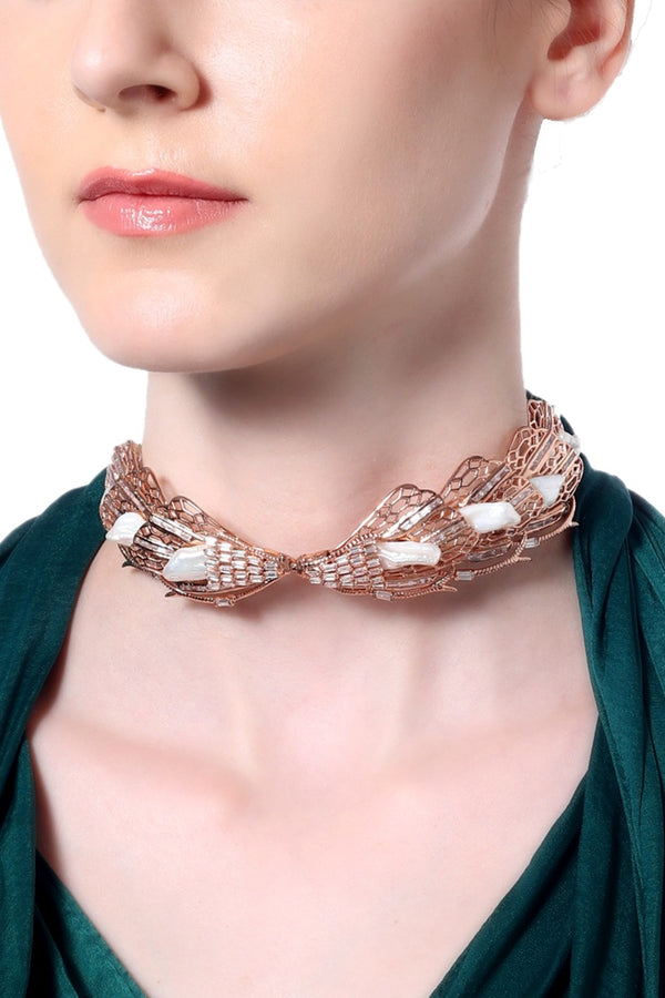 ENCHANTED KESHI PEARL CHOKER