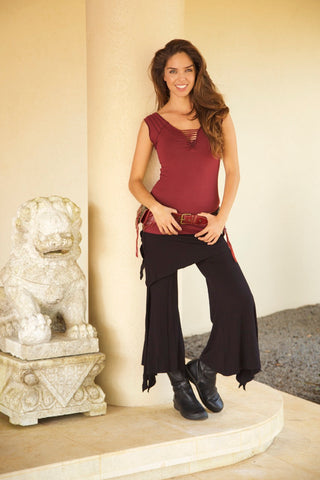 SHASTRI  CAPRI PANTS - New Design!