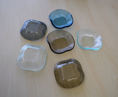 Set of Six Clover Shaped Soy Sauce Bowls. Fused Glass Small Bowls. Small Dessert Bowls