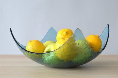 Modern Sky Blue Minimalist Fused Glass Fruit Bowl. Designer Fruit-Bowl XXL