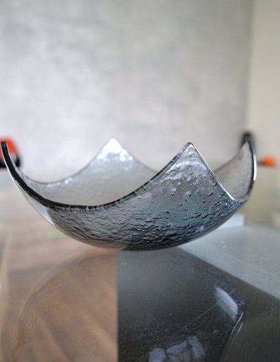 Modern Fused Glass Grey Salad Bowl. Graphite Glass Fruit-Bowl M