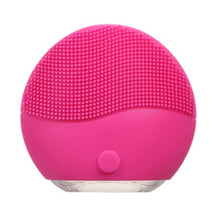 Load image into Gallery viewer, GlossySkin™ Silicone Facial Scrubber