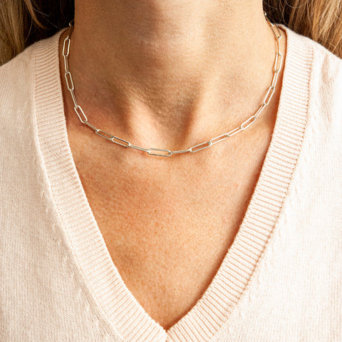 paperclip-chain-necklace-with-toggle-closure