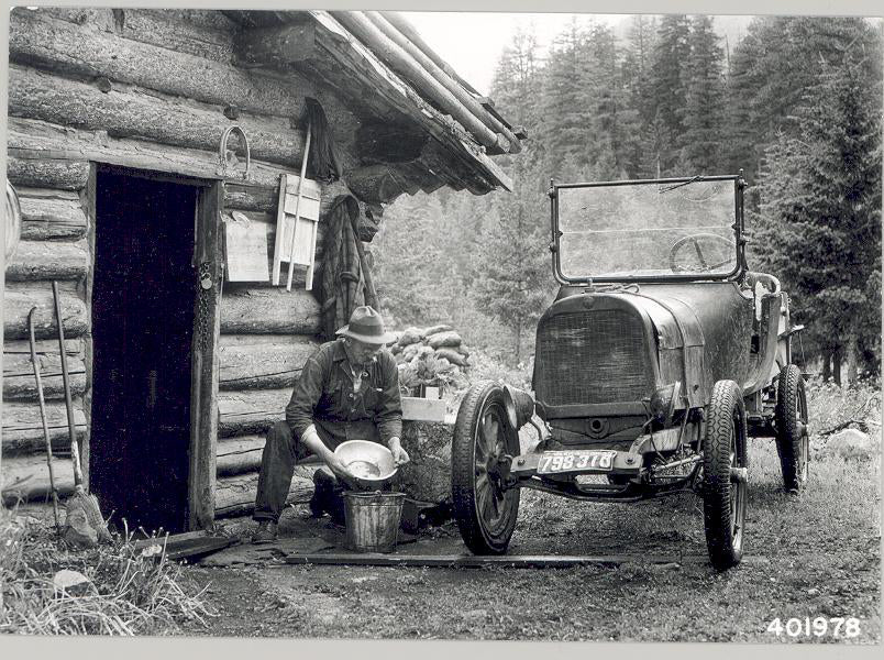 An Old Gold Miner