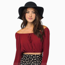 #TH17504 Off-the-shoulder top