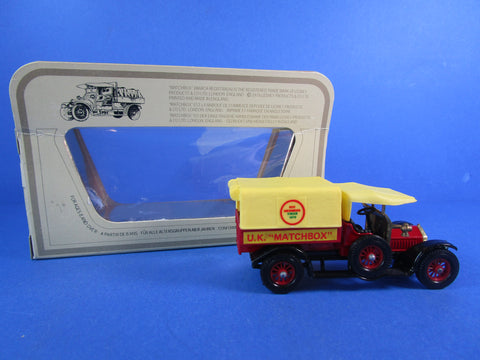 Gama 260/9 Fire Engine and Trailer, rare item!
