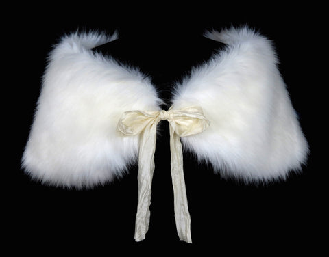 Faux Fur Bridal Shoulder Wrap: Snow White