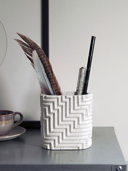 Phil Cuttance herringbone pot