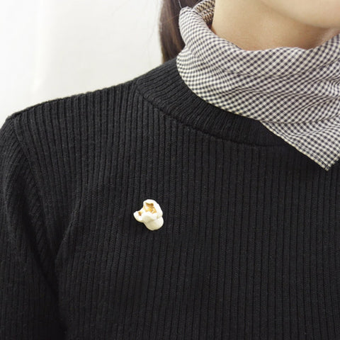 Popcorn pin badge
