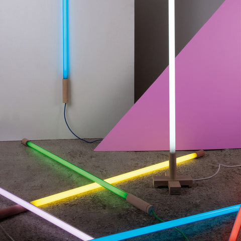 Linea Neon LED Lamp