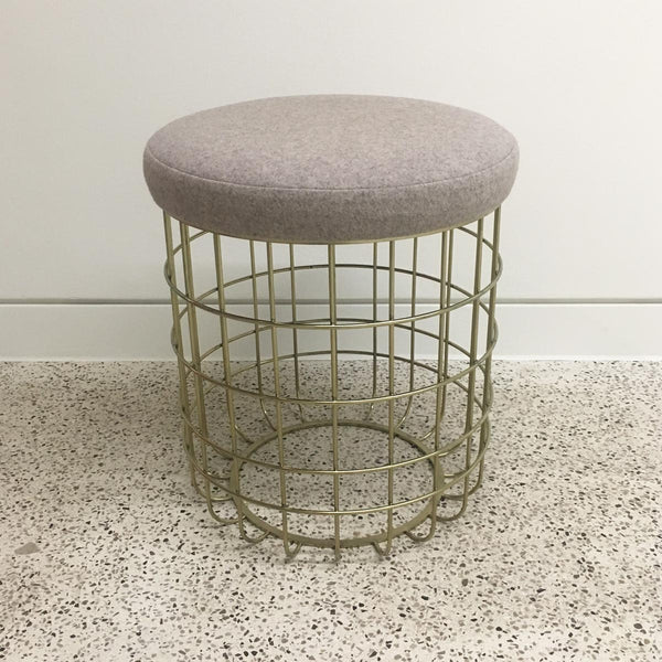Wire stool - brass