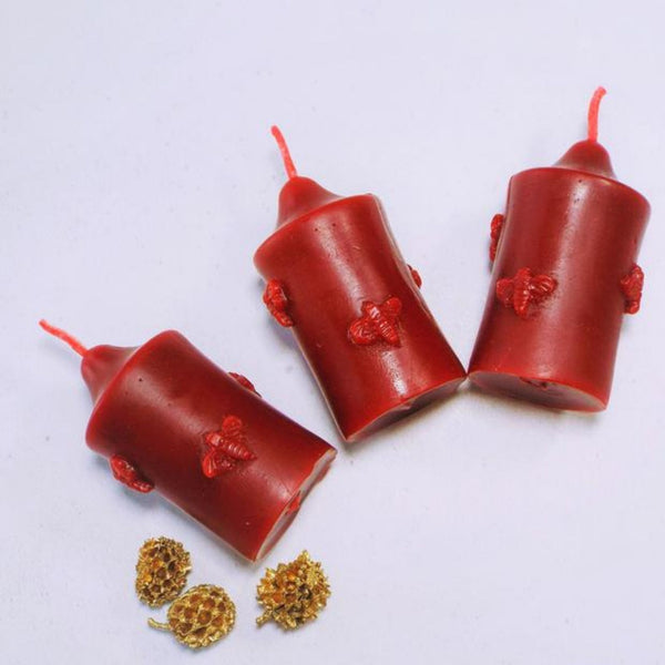 Set of 3 Little Bee Pillar Candle in Red