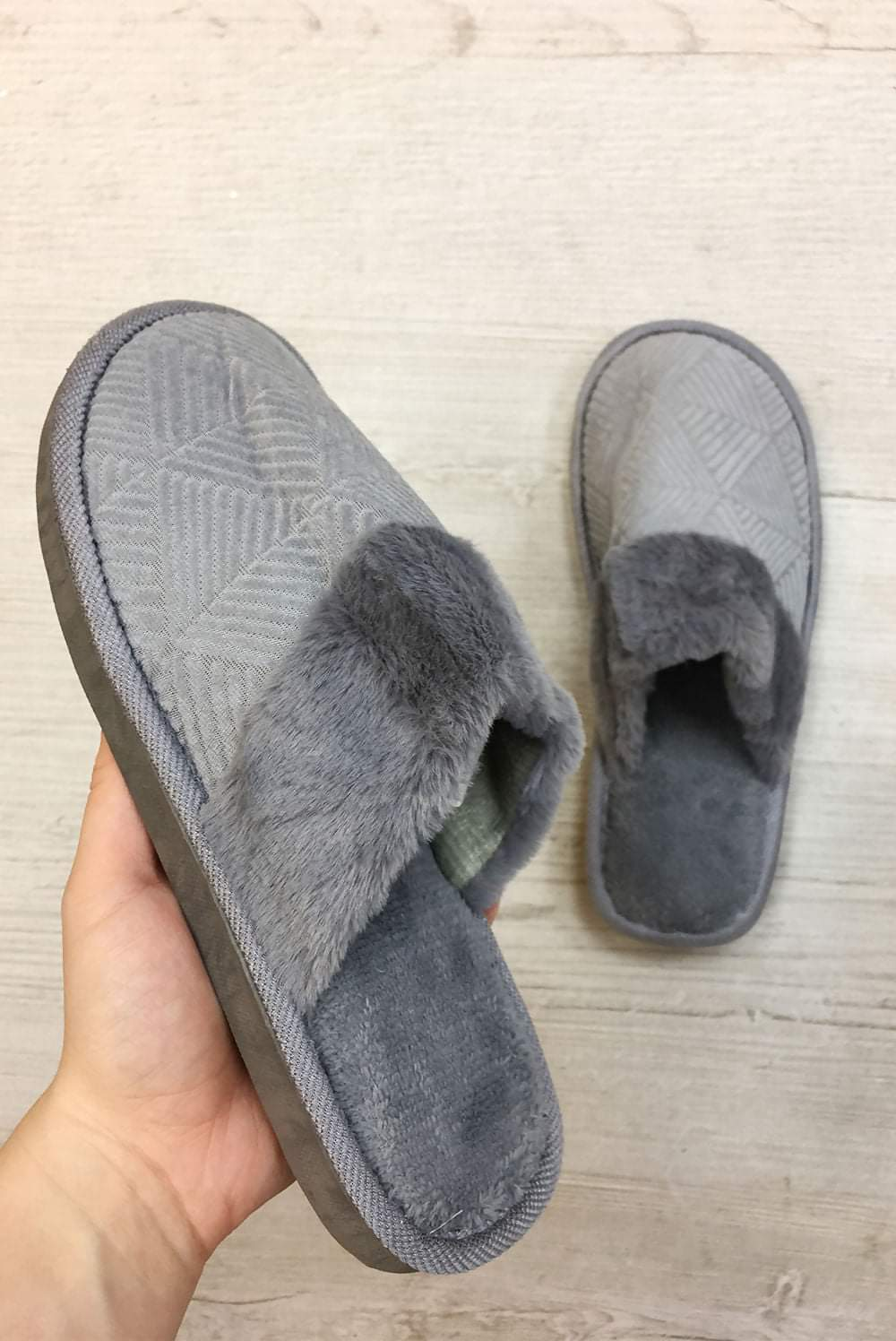 Mule slippers 2 colours
