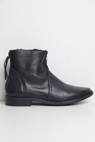 Petrucha Ozzy Flat Ancle Boots Nero