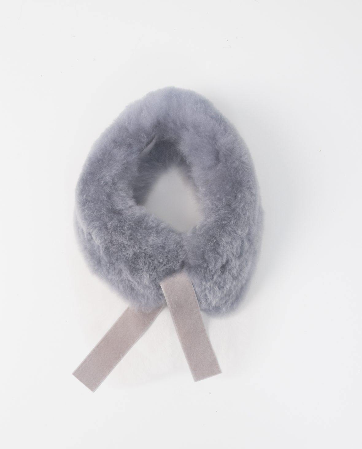 Light Grey Alpaca Fur Neck with Loops and Velvet Ribbon - Be ALPACA