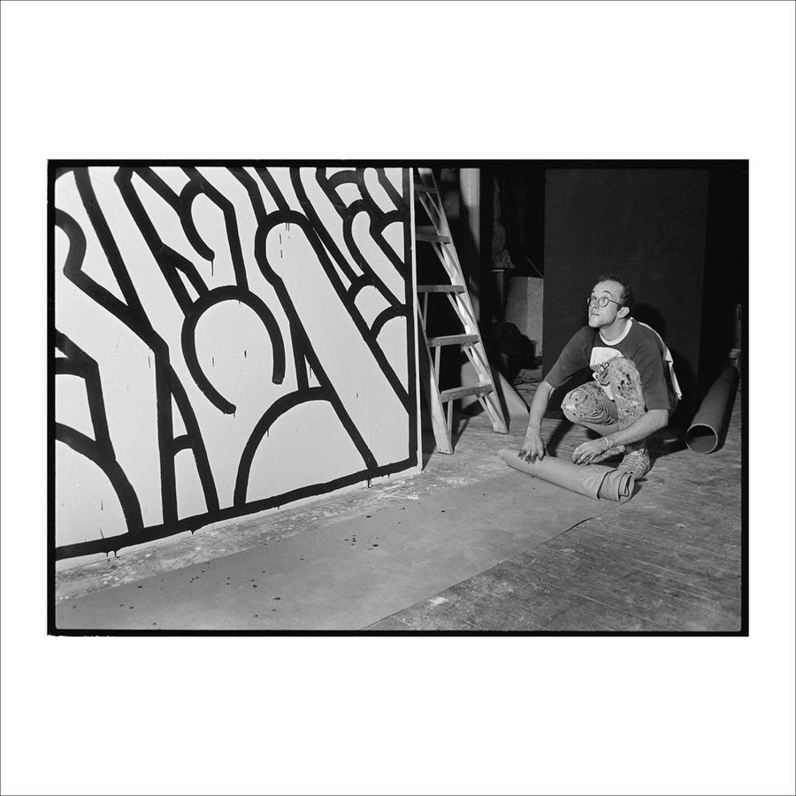 Keith Haring's photograph in black and white, work by Wolfgang Wesener. Represented by Tuleste Factory in New York City.