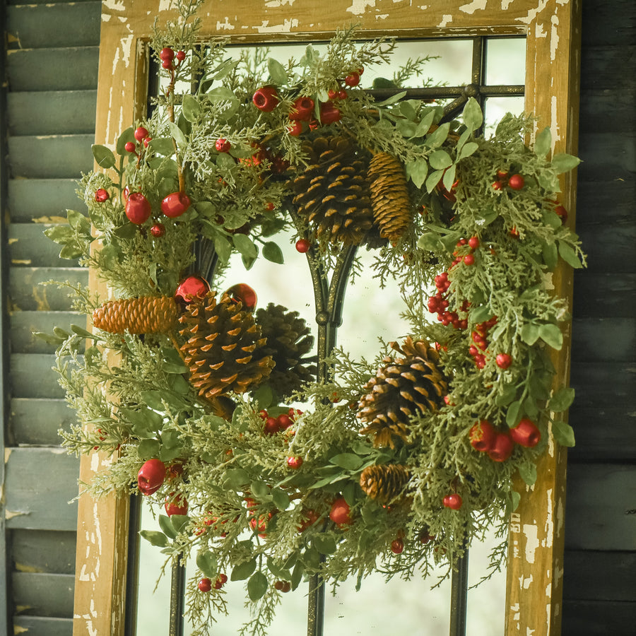 Signature Cedar & Rosehips Wreath w/Berries & Bells