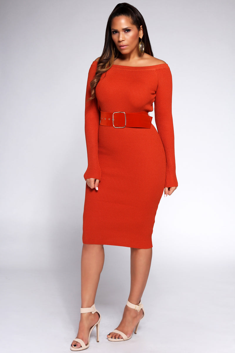 Agata Belted Off the Shoulders Ribbed Long Sleeves Midi Dress in Rust