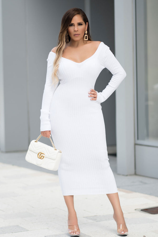 Carly Knit Sweater Long Sleeves Midi Dress