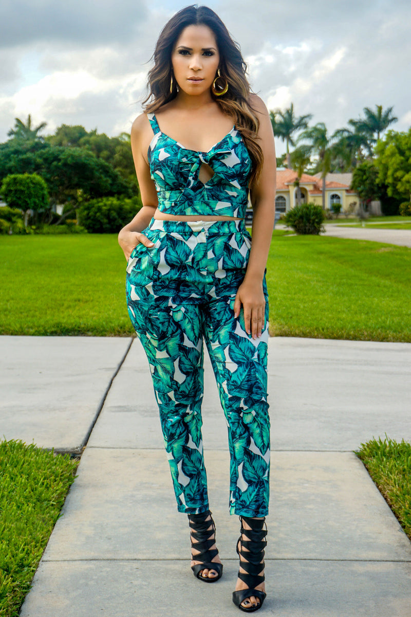 Isabelle Tropical Paradise Leaf Print Two Piece Set