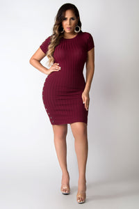 Josephine Button Side Rib-knit Short Sleeves Casual Dress - Wine