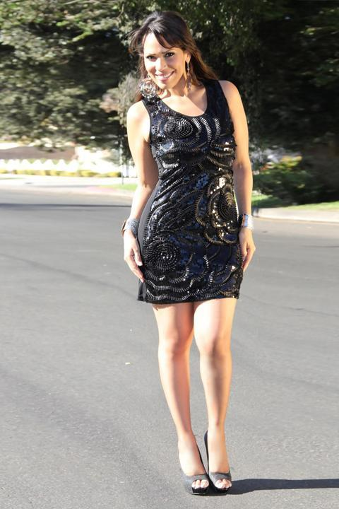 Sleeveless Sequined Party Dress In Black