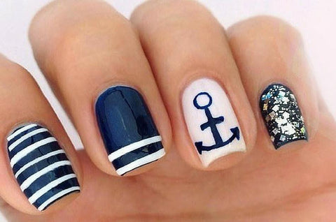 Nautical themed nails for summer
