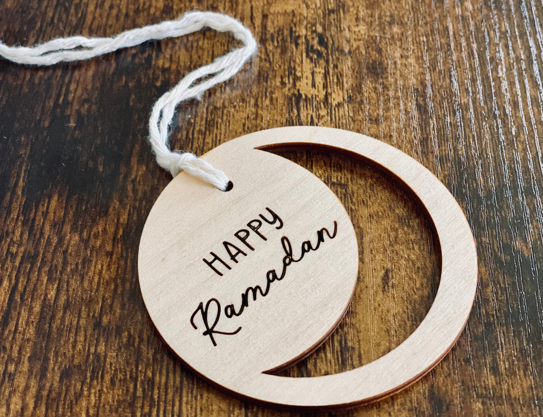 Wooden Tag - Happy Ramadan Circle | Minimal Design | Ramadan Gift Basket | Medallion