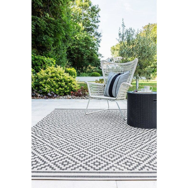 Asiatic Patio Diamond Mono 12 Roomset