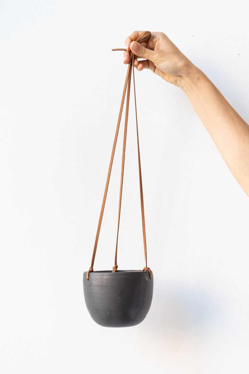 High Hanging Planter matte black with Leather Cord