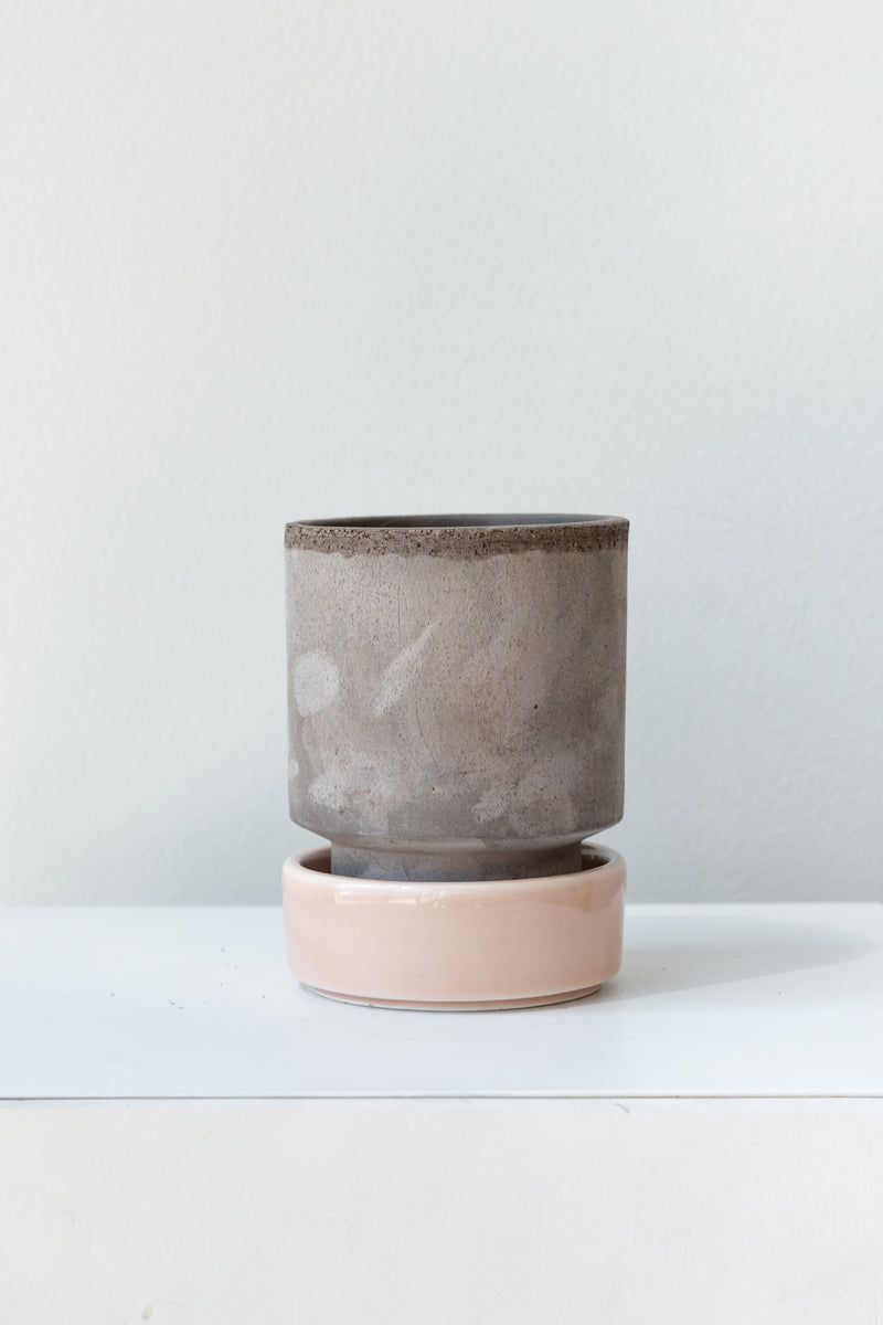 Grey and quartz 3.1 inch Hoff Pot by Bergs Potter on a white surface in a white room
