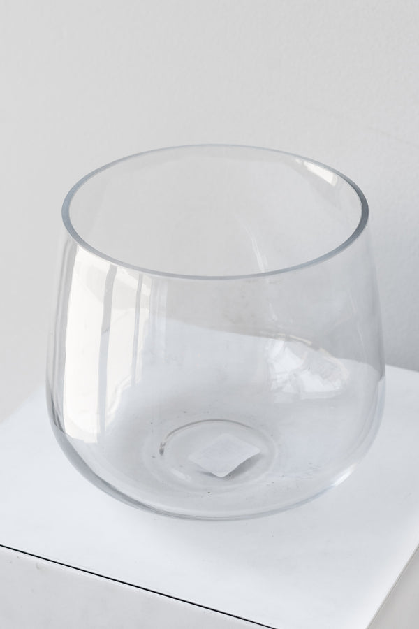 Reverse Taper Round Bottom Vase clear glass 6h x7w