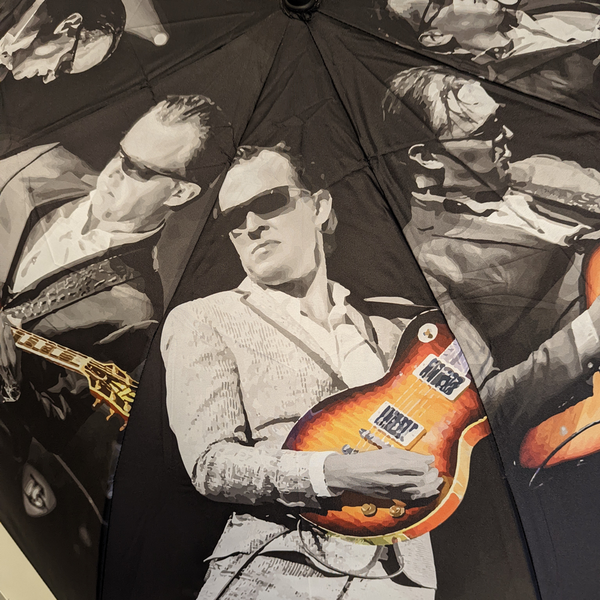 Joe Bonamassa & Amos Cartoon T-Shirt (Unisex)