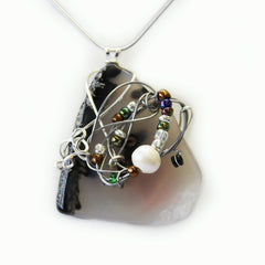 Stone Agate & Guitar String Necklace - Black & White/Chrome