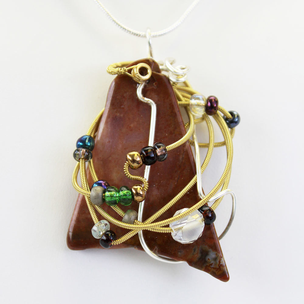 Stone Agate & Guitar String Necklace - Triangular/Bronze