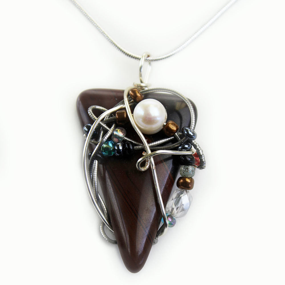Stone Agate & Guitar String Necklace - Triangular/Chrome