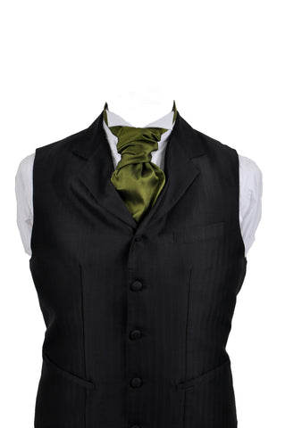Cravat in green silk taffeta - By Eneroth